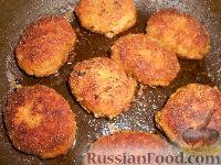 Фото приготовления рецепта: Мясные котлеты с кабачками - шаг №9