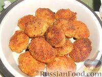 Фото приготовления рецепта: Мясные котлеты с кабачками - шаг №10