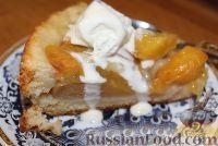 Фото к рецепту: Пирог с нектаринами и яблоками (в мультиварке)