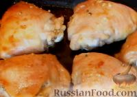 Фото к рецепту: Куриные бёдрышки в винном маринаде