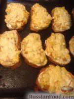 Фото к рецепту: Бутерброды с куриной грудкой и сладким перцем