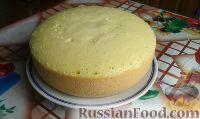 Фото к рецепту: Бисквитный кекс в мультиварке