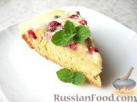 Фото к рецепту: Малиновый пирог с нежным сметанным кремом