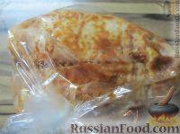 Фото приготовления рецепта: Куриная грудка в томатном маринаде - шаг №6