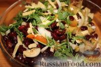 Фото к рецепту: Пестрый салат из фасоли и печеного перца