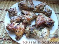 Фото к рецепту: Куриные крылышки в соевом соусе