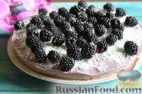 Фото к рецепту: Торт-мусс из ежевики с йогуртом (без выпечки)
