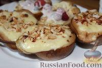 Фото к рецепту: Груши, запеченные под творожно-лимонным кремом