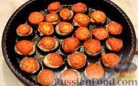 Фото к рецепту: Баклажаны с фаршем и помидорами, запеченные в духовке