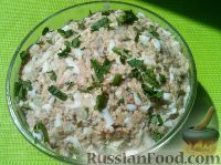 Фото к рецепту: Салат из консервированной рыбы и яиц