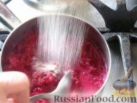 Фото приготовления рецепта: Свекольные котлеты - шаг №4