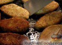 Фото приготовления рецепта: Капустные котлеты (без яиц) - шаг №8