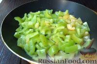 Фото приготовления рецепта: Аджапсандали - шаг №4