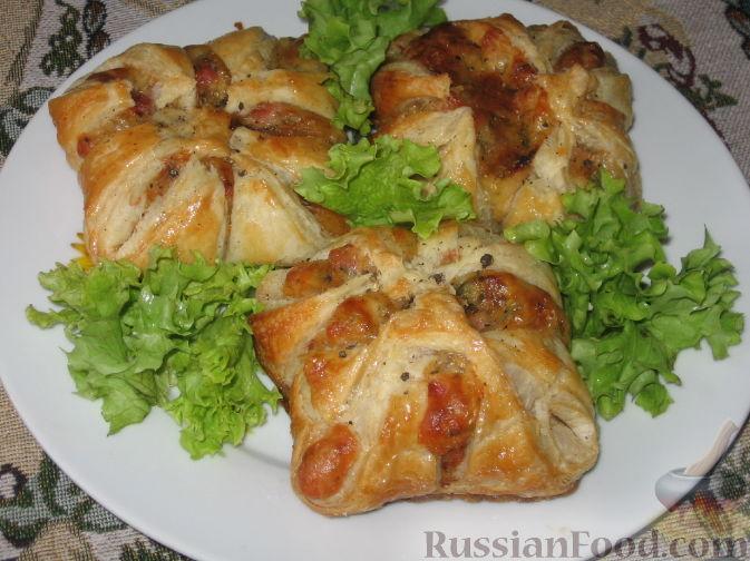 Рецепт Слойки с ветчиной и сулугуни