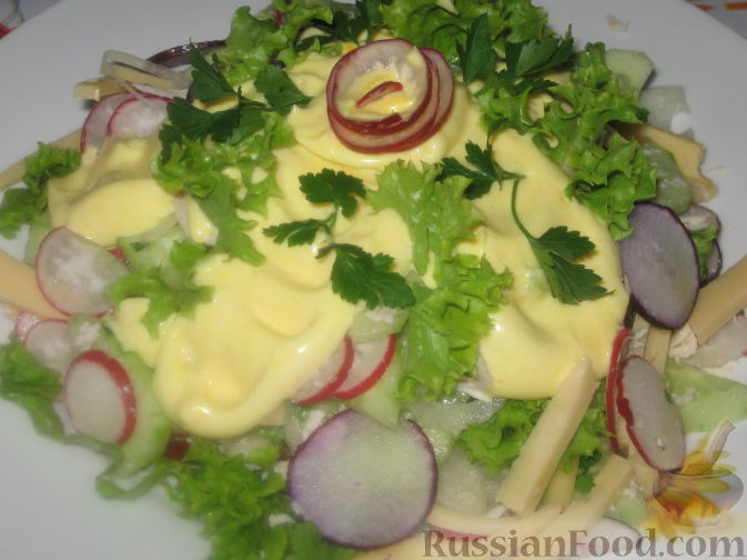 Рецепт Салат с редисом и огурцом