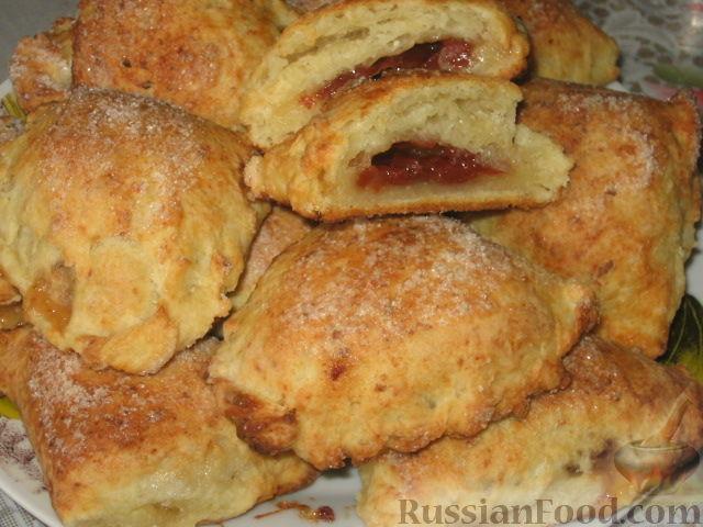 Рецепт Творожные слойки с айвовым конфитюром