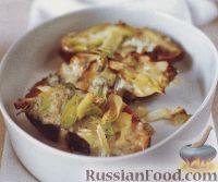 Фото к рецепту: Печеный батат с пореем и сыром