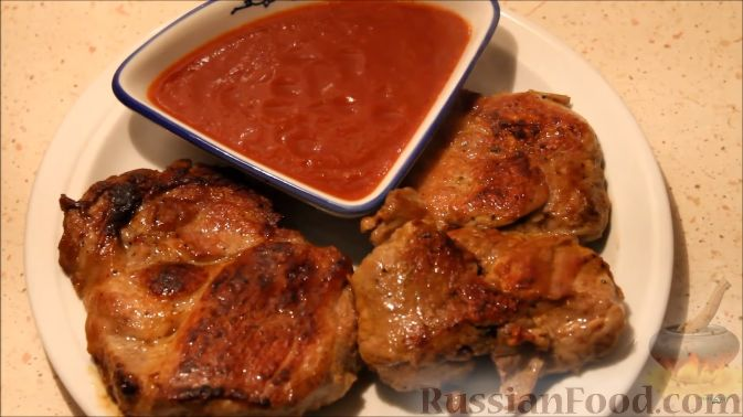 Мясо на сковороде с соусом рецепт