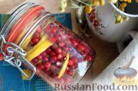 Фото к рецепту: Заготовка из брусники и лимона, в сахаре