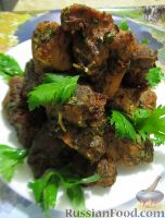 Фото к рецепту: Шашлык в духовке, с кинзой, петрушкой и сельдереем