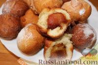 Фото к рецепту: Пончики с карамелизированными нектаринами