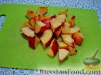 """Фото приготовления рецепта: Детский салат """"Гав-гав"""" с виноградом - шаг №6"""