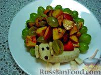 """Фото приготовления рецепта: Детский салат """"Гав-гав"""" с виноградом - шаг №9"""