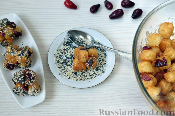 Фото приготовления рецепта: Конфеты из кизила и кукурузных палочек - шаг №7