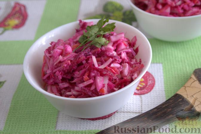 Фото приготовления рецепта: Салат «Освежающий» со сметаной и хреном - шаг №10