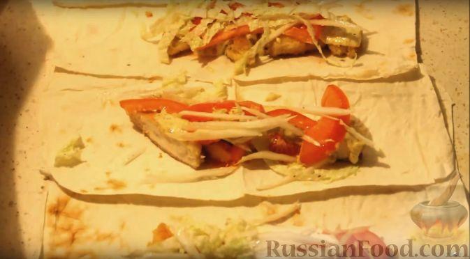 Фото приготовления рецепта: Картофельная запеканка с мясным фаршем, грибами и сыром - шаг №2