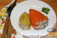 Фото к рецепту: Перец, фаршированный тунцом и рикоттой
