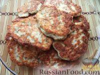 Фото к рецепту: Пряные куриные котлеты с чесноком и зеленью