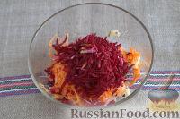 Фото приготовления рецепта: Салат «Освежающий» со сметаной и хреном - шаг №4