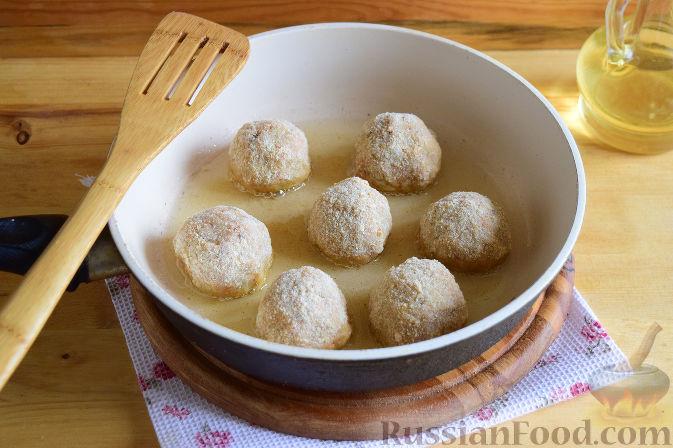 Фото приготовления рецепта: Котлеты из топинамбура - шаг №11