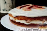 Фото к рецепту: Быстрый торт со свежими персиками