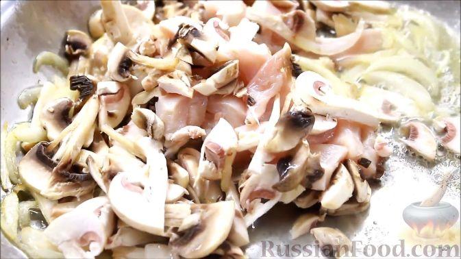 Жарка картошки с грибами рецепт с фото