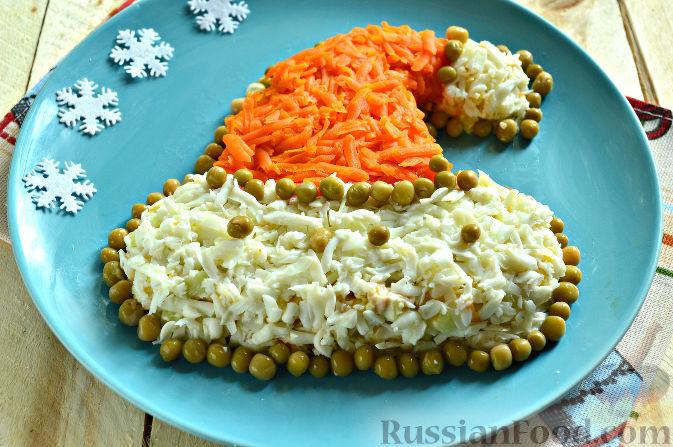 Фото приготовления рецепта: Салат с языком, огурцом и зелёным горошком - шаг №3