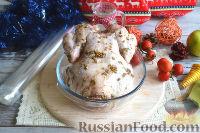 Фото приготовления рецепта: Курица, запеченная целиком, в духовке - шаг №3