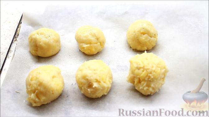 Фото приготовления рецепта: Щи из кислой капусты с говядиной - шаг №6