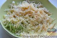 Фото приготовления рецепта: Праздничный салат «Три поросенка» для детей - шаг №9