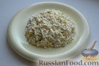 Фото приготовления рецепта: Праздничный салат «Три поросенка» для детей - шаг №11