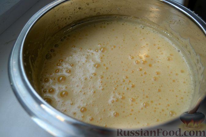 """Фото приготовления рецепта: Торт """"Шварцвальд"""" - шаг №3"""
