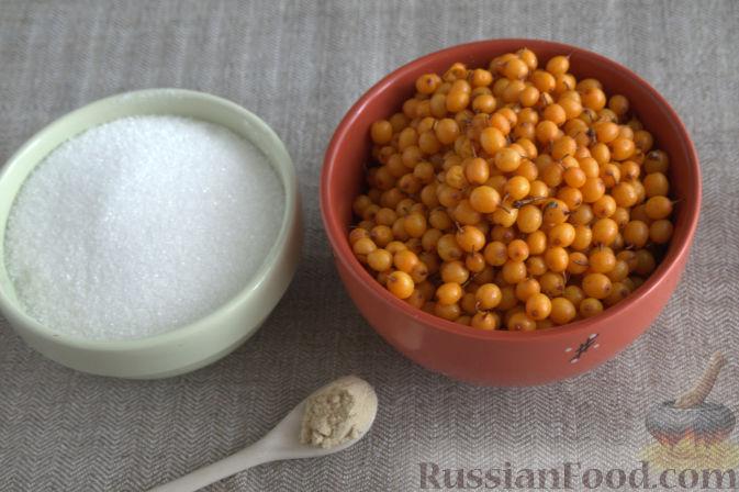Фото приготовления рецепта: Облепиховое варенье с имбирем - шаг №1