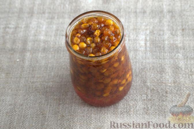 Фото приготовления рецепта: Облепиховое варенье с имбирем - шаг №8