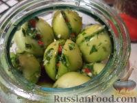 Фото к рецепту: Помидоры зеленые соленые