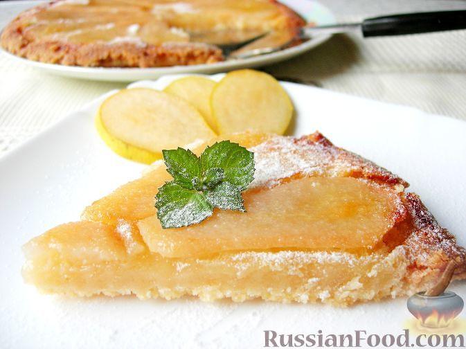 Фото приготовления рецепта: Суп с квашеной капустой, копчеными ребрышками и сливами - шаг №10