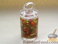 Фото к рецепту: Индийские пикули из перца