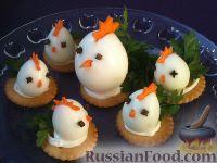 """Фото к рецепту: Закуска """"Петушки"""" из перепелиных яиц"""