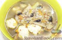 Фото к рецепту: Гречневый суп с шампиньонами и фрикадельками