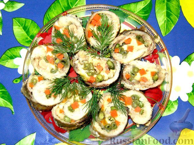 Рецепт Рулетики из минтая с овощами и сыром